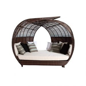 Oval Wicker Daybed